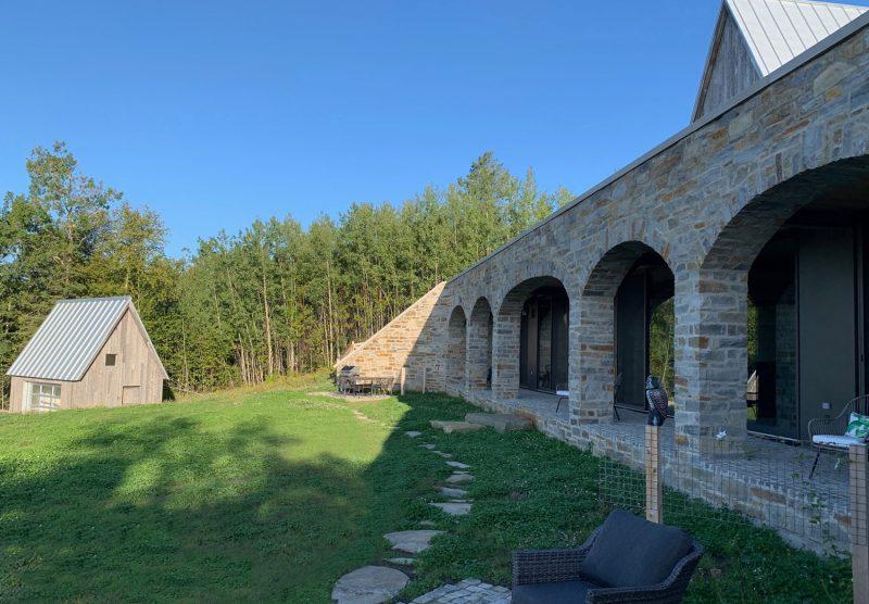 les-arches-facade-et-pavillon